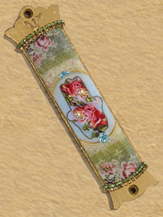 Romantic design Mezuzah with Hamsa T