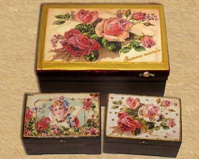 Mini treasure jewelry boxes