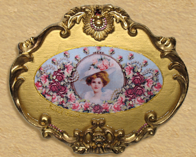 Victorian Lady Perfum Trey and Picture